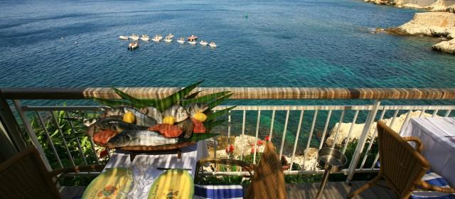 Cuisine niçoise et vue sur la mer